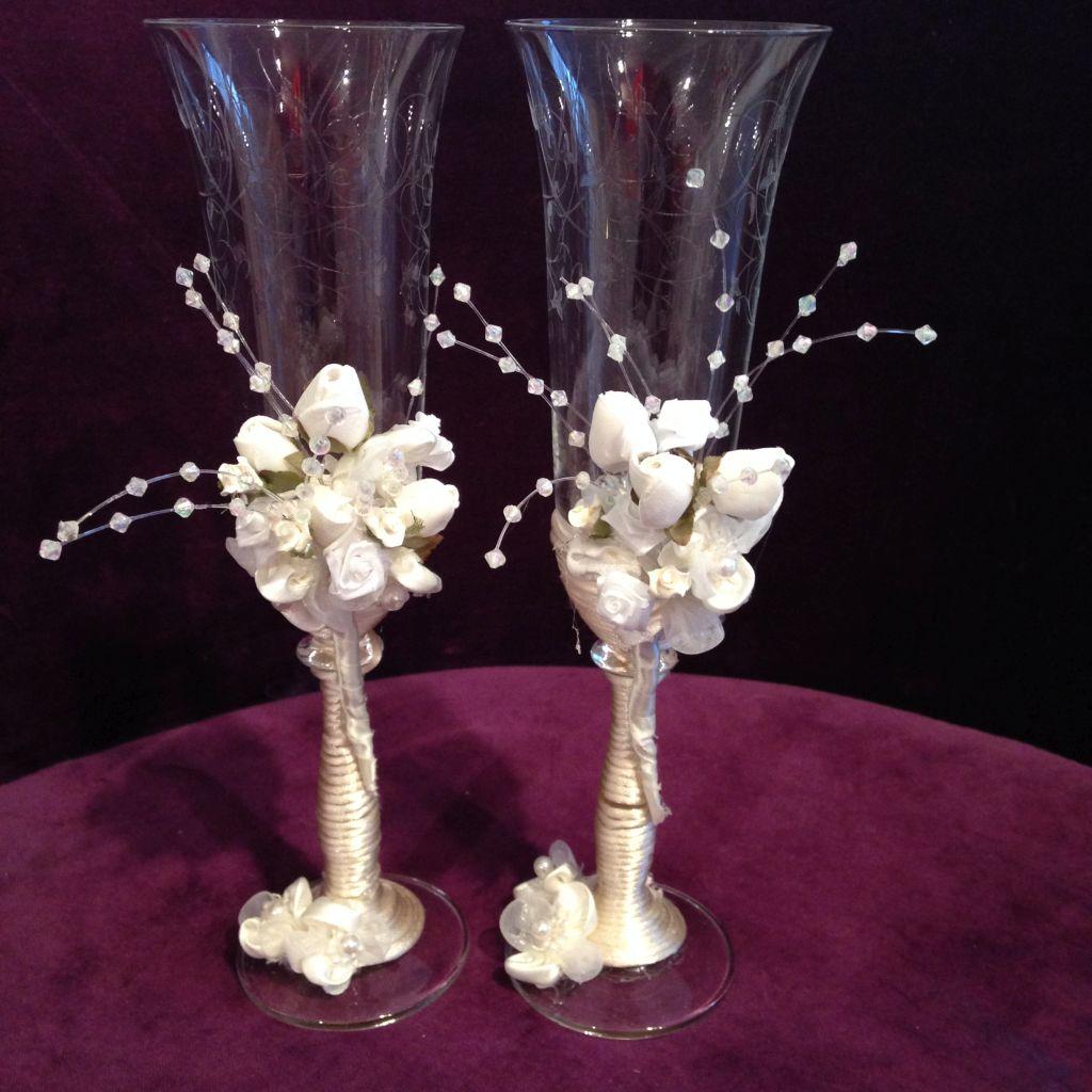 Auststattung zur Hochzeit, elegante Sektgläser fürs Brautpaar!