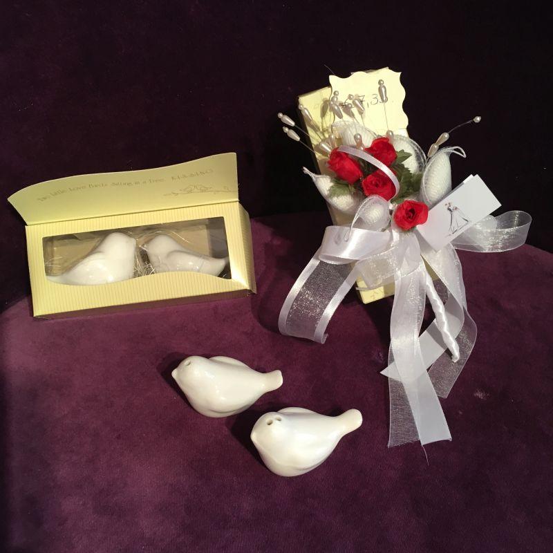 Salz und Pfefferstreuer als Gastgeschenk zur Hochzeit