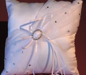Hochzeitskissen oder Kissen für die Ringe