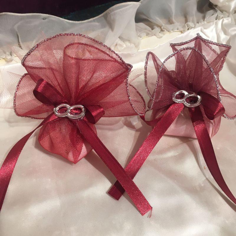 Bonboniere mit Ringe zur Hochzeit