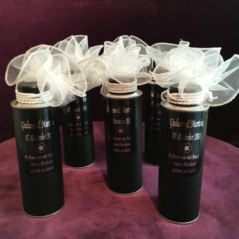 Moderne und hübsche Bonboniere zur Hochzeit mit Olivenöl!
