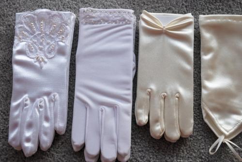 Zubehör für die Erstheilige Kommunion: Handschuhe
