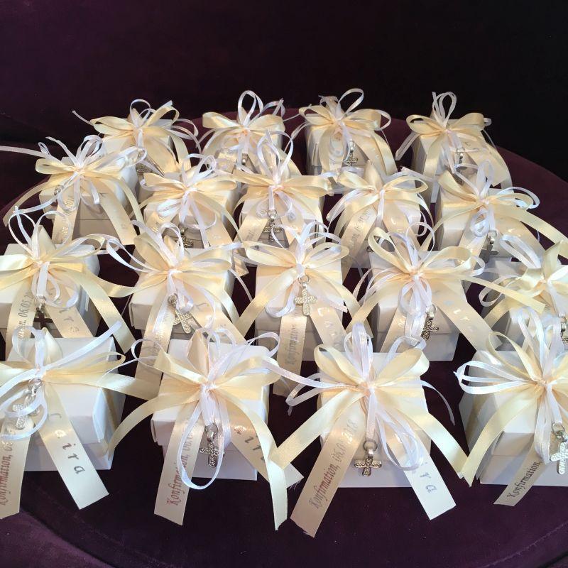 Personalisierte Bonboniere oder Gastgeschenk zu Feier der Kommunion, Firmung, Konfirmation.