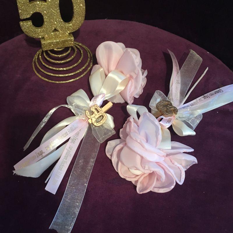 Jubiläumsbonboniere zur goldene Hochzeit mit Blume