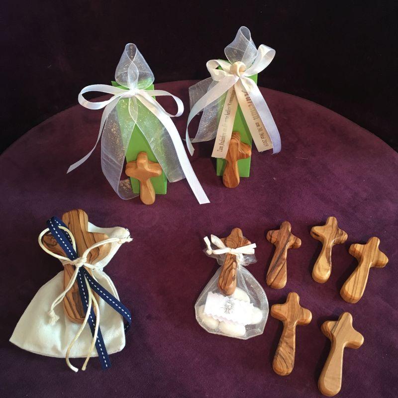 Kreuz aus Oliven Holz zur Erstkommunion, Firmung, Konfirmation