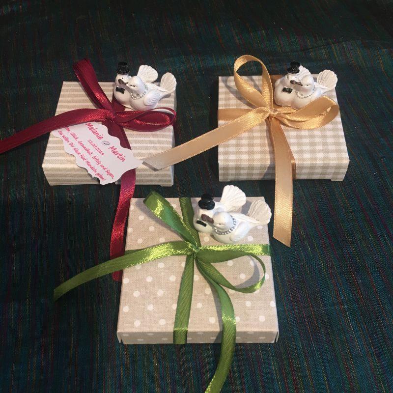 Bonboniere/Tischdekoration/Tischkarte zur Hochzeitsfeier