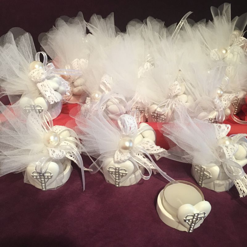 Zur Kommunion Firmung oder Taufe schenken Sie Ihre Gäste diese edle Bonboniere!
