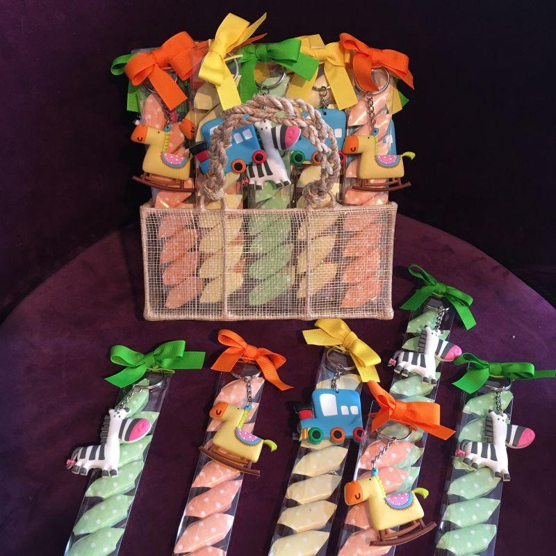 Schlusselanhänger Zoo mit Bonbons zur Taufe, Kindergeburtstag
